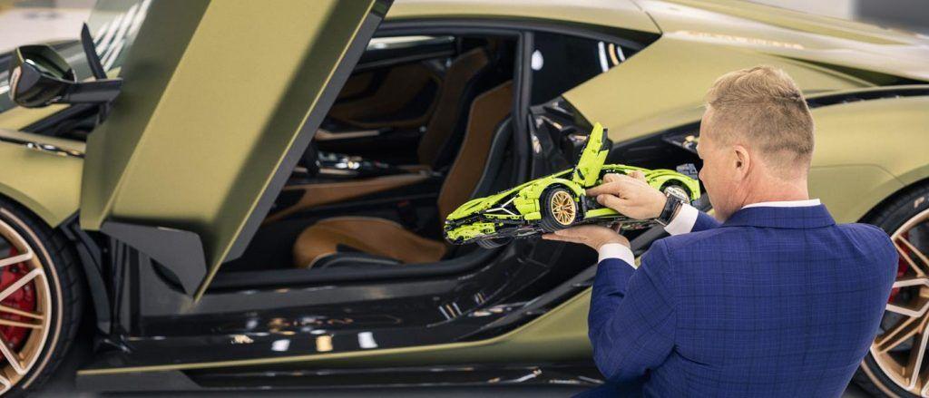 The Lego Lamborghini Sian and a real Lamborghini Sian