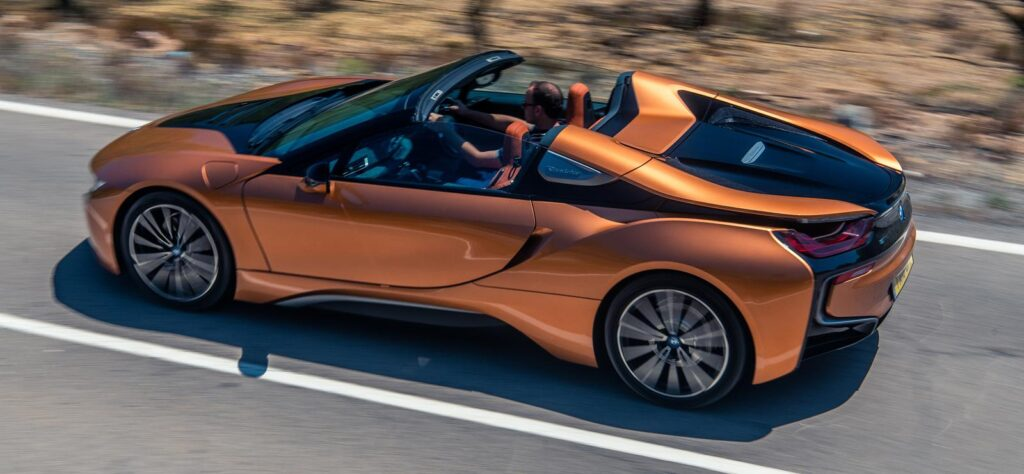 BMW i8 Roadster roof down