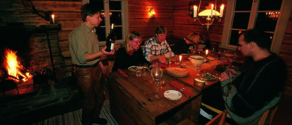 Eat with the Vinka family at the at the Swedish Geunja Sámi Ecolodge