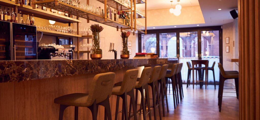 Trivet Restaurant bar