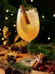Brandy Cocktails - Pomme Canelle Spritz
