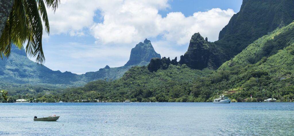 Cycling routes worldwide Moorea Island Tahiti