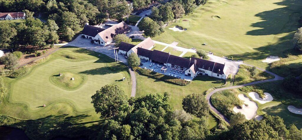 Les Bordes golf course