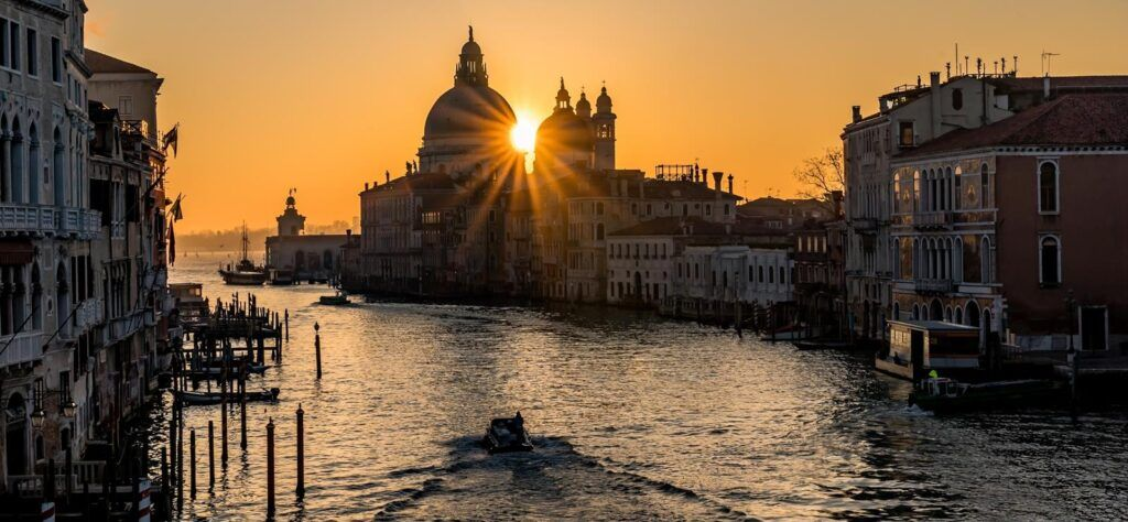 European train tour in Venice